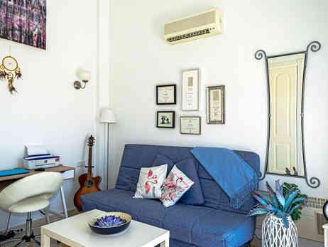 Living Room /Bedroom 2