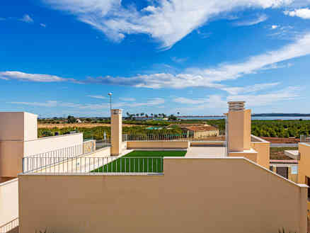 Home For Sale In Quesada
