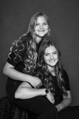 Familiefotografering af to søstre