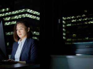 Yahoo!ニュース配信「子育て社員の業務フォローで深夜残業や休日出勤。残業手当もタクシー代もない、フォローする社員の実例」
