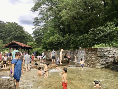 青葉区の公園にじゃぶじゃぶ池やせせらぎなどの水遊び場を作れないか、勉強会をしました。