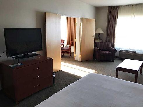 Suite guestroom facing living room