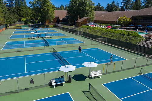 West hills outdoor tennis courts
