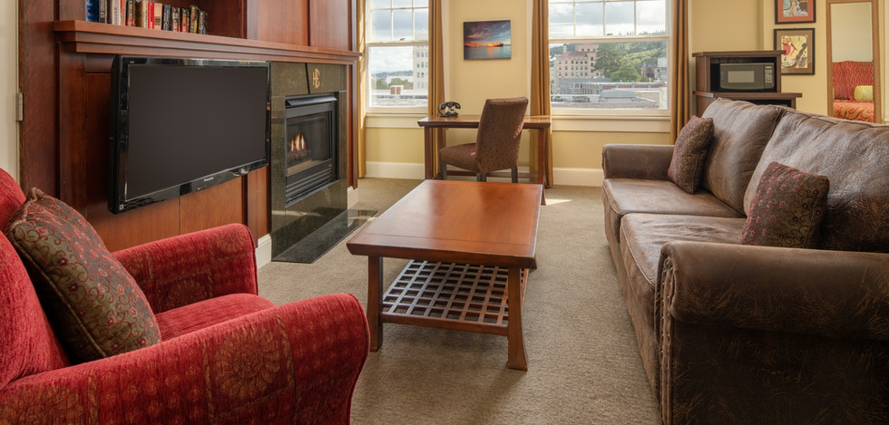 Executive Club Suite Living Room