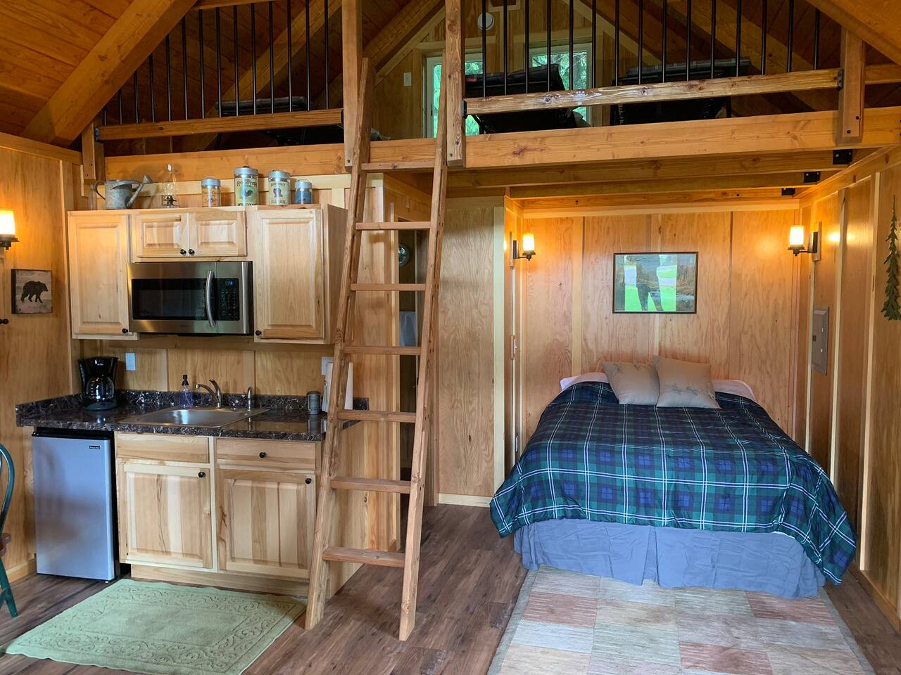Cabin 5 Interior