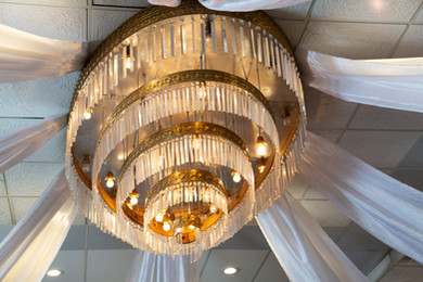 chandelier in ballroom at Hells Canyon Grand Hotel