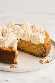 pumpkin-cheesecake-www.thereciperebel.co