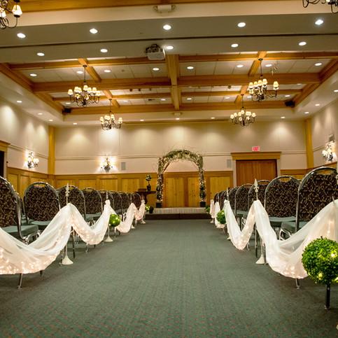 Wedding Ceremony at Heathman Lodge