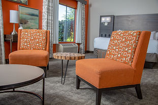 Hells Canyon Grand Hotel guestroom seating