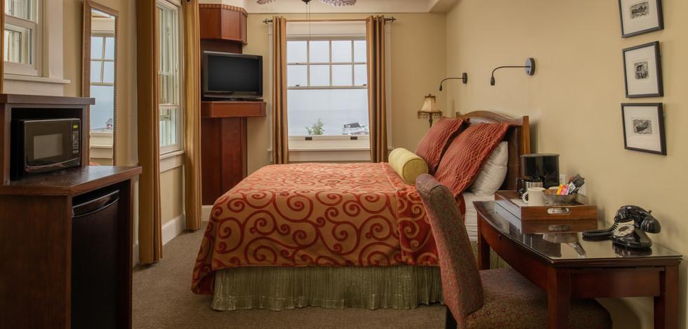 Junior Club Suite Bed