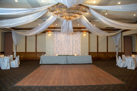 Head table in ballroom at Hells Canyon Grand Hotel