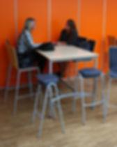 chaises et tabourets.jpg