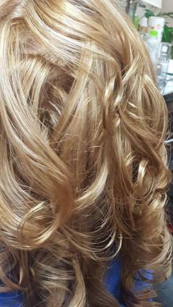 treats damage hair