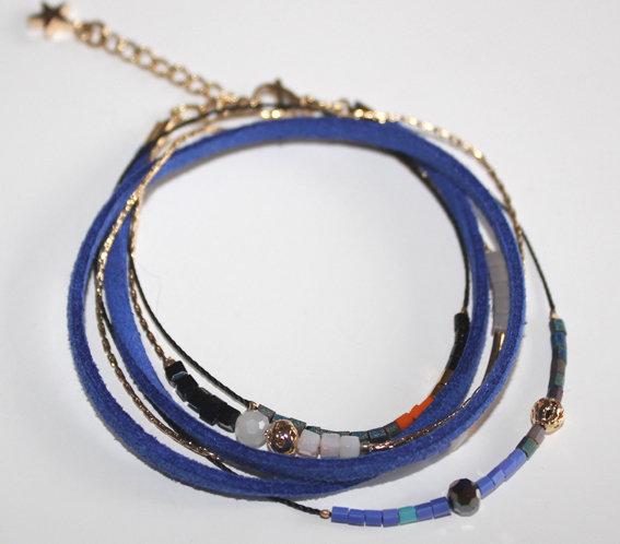 Bracelet double tours.