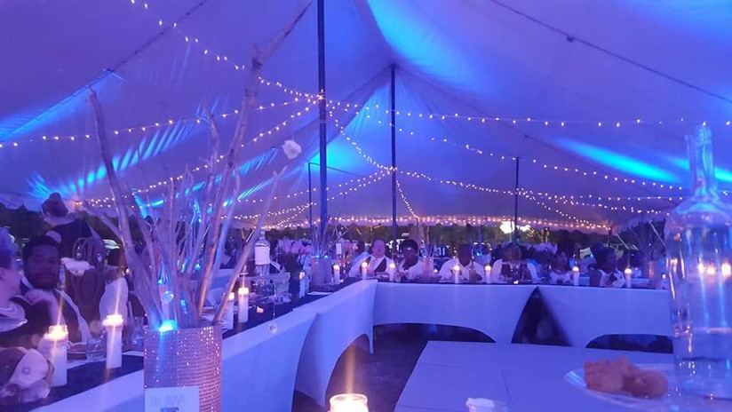 uplighting-on- tent