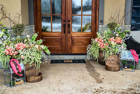 Pots and containers for homes and businesses