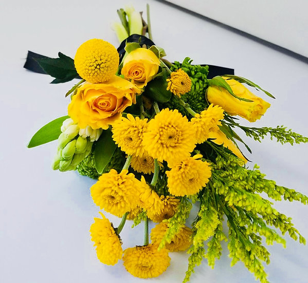 Hand-Tied Bouquet (Mixed Blooms)