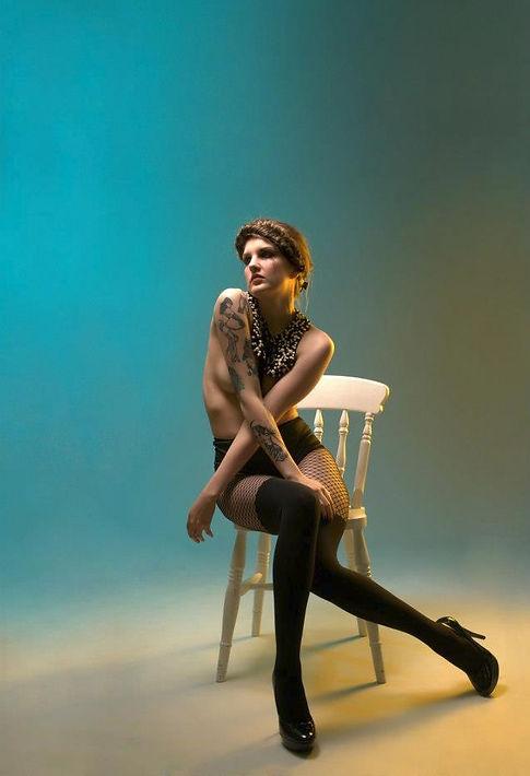 U.K. burlesque & fashion photography with a vintage flair