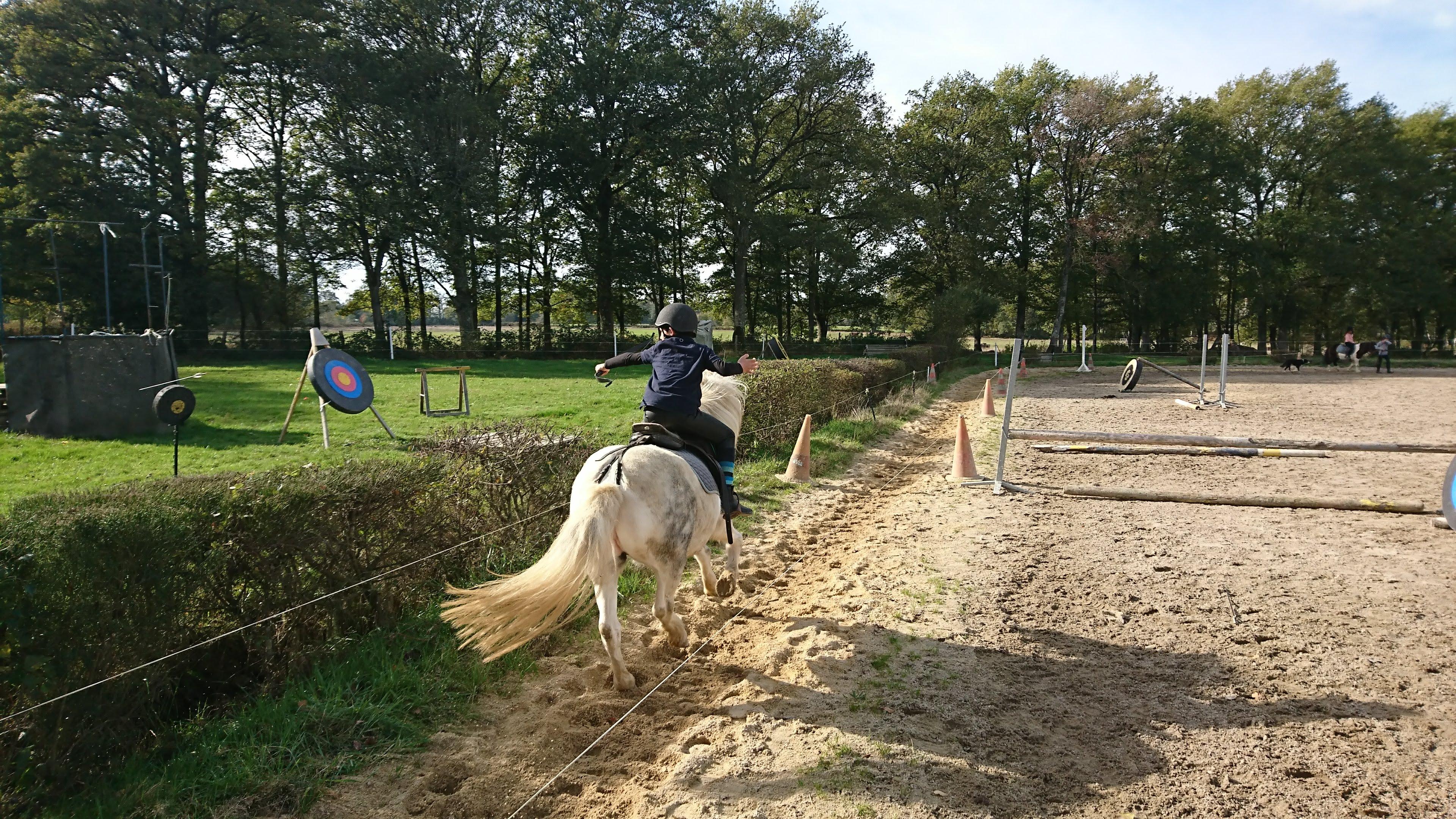 Une école de Tir à l'arc à cheval