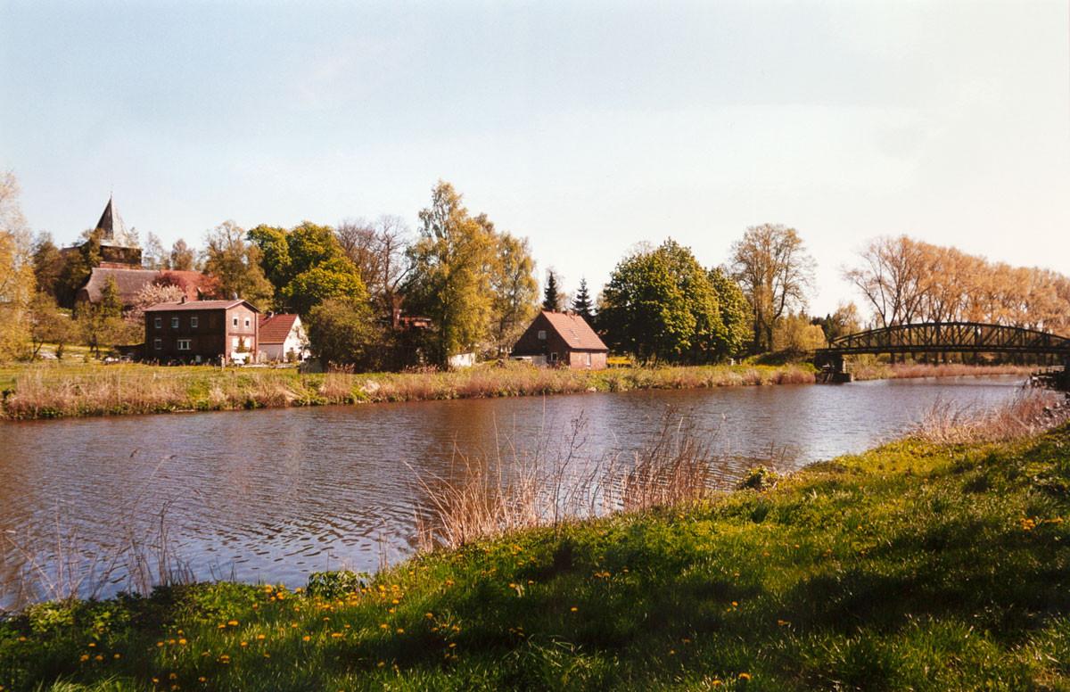 Blick über den Kanal
