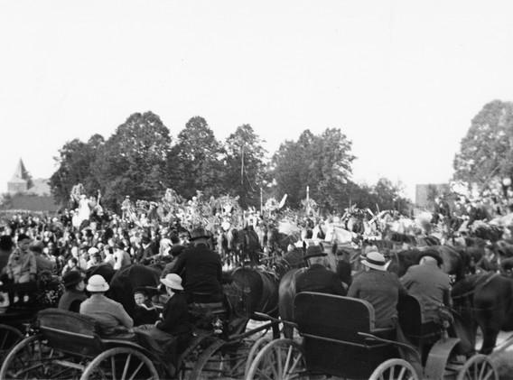 Umzug zur Einweihung der Glocke 1933