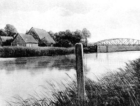 Die Rückseite des Stecknitzfahrerkruges vom Kanal aus gesehen 1900