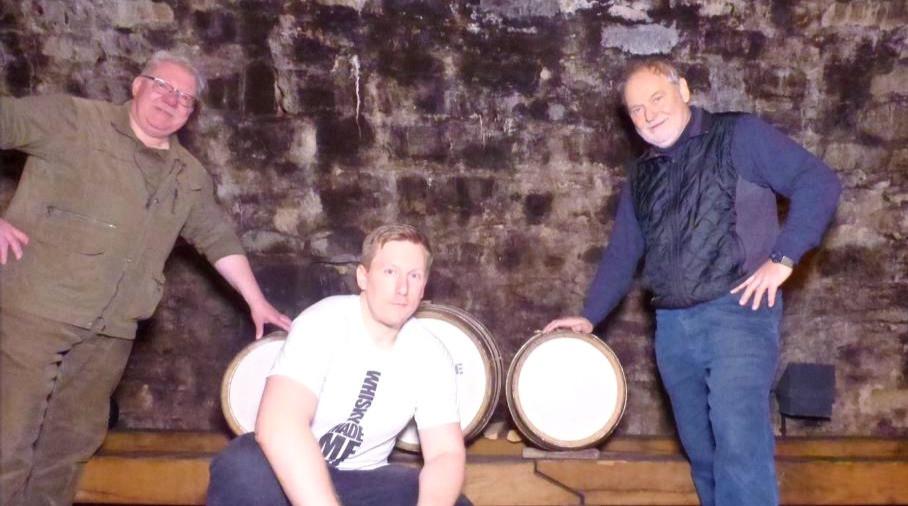 Einlagerung des Ardmore Whiskys im Hofkeller Würzburg