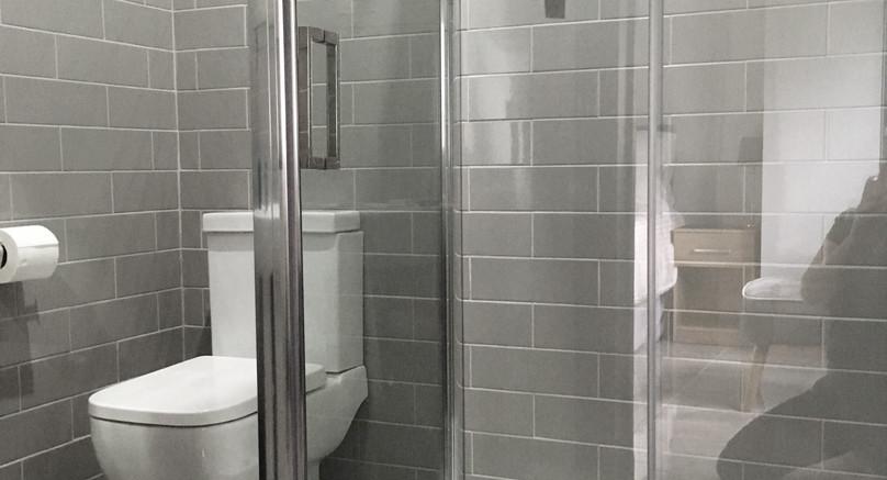 Snowdrop Ensuite Bathroom