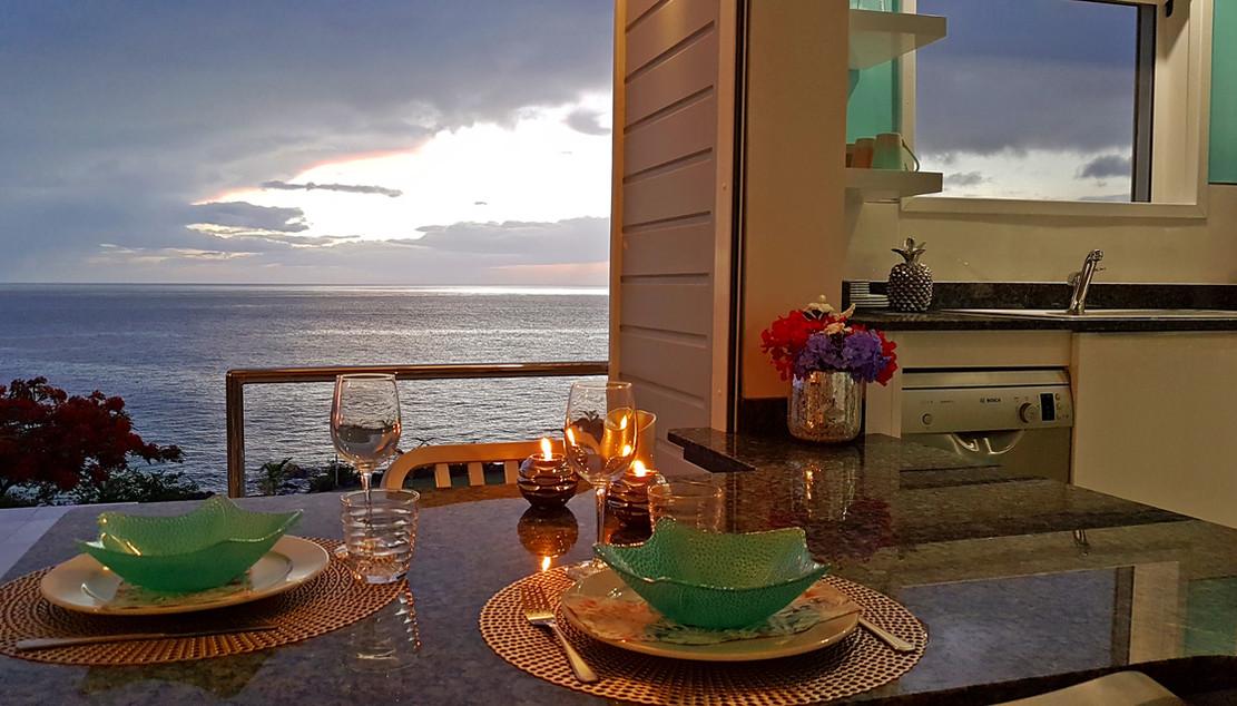Diner romantique dans la villa Blue Moon