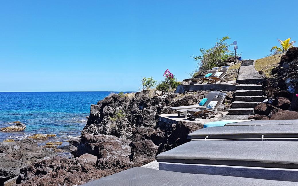 La falaise amenagée à Blue Haven Villas