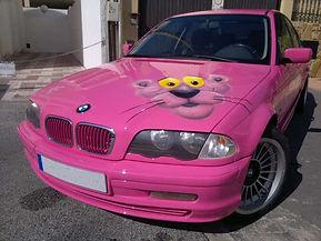 Taller G.J.D. Auto Body,coche BMW pintando con la Pantera Rosa
