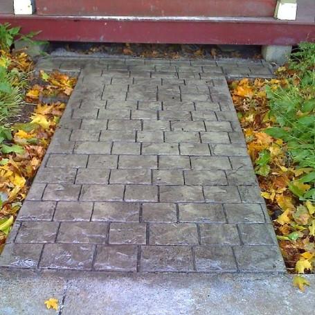 Concrete Walk Way