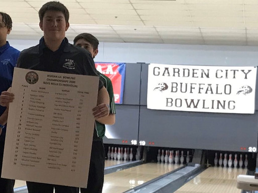 Whitehurst rolls 300 game in winning 6A Boys Bowling title