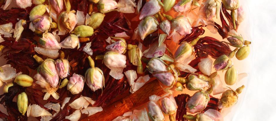 Hibiscus rosehip tisane