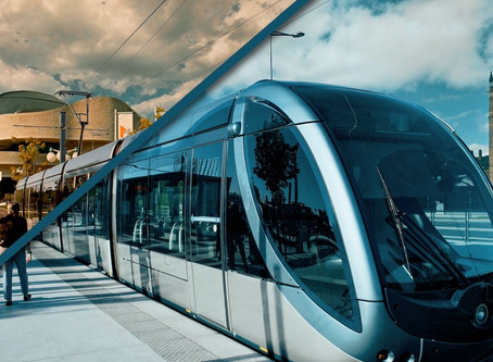 How will the Gatineau LRT connect to Ottawa's LRT?