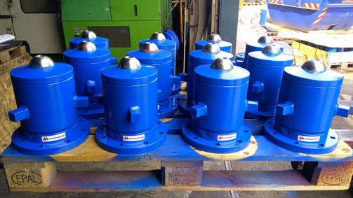 Zylindertöpfe von Adamovic