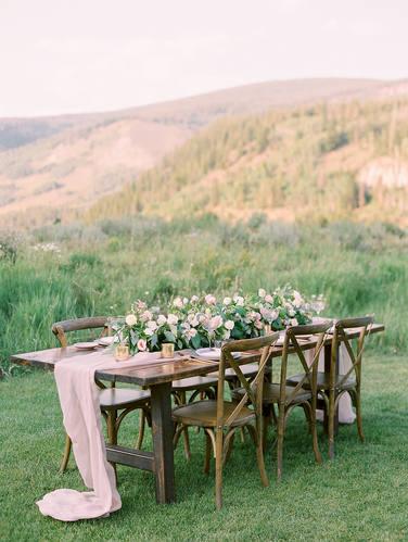 Mountain Wedding Decor