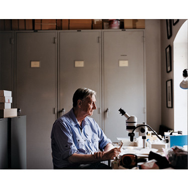 Evolutionary biologist E.O. Wilson in his laboratory at  Harvard University (2006). Client: SEED magazine.