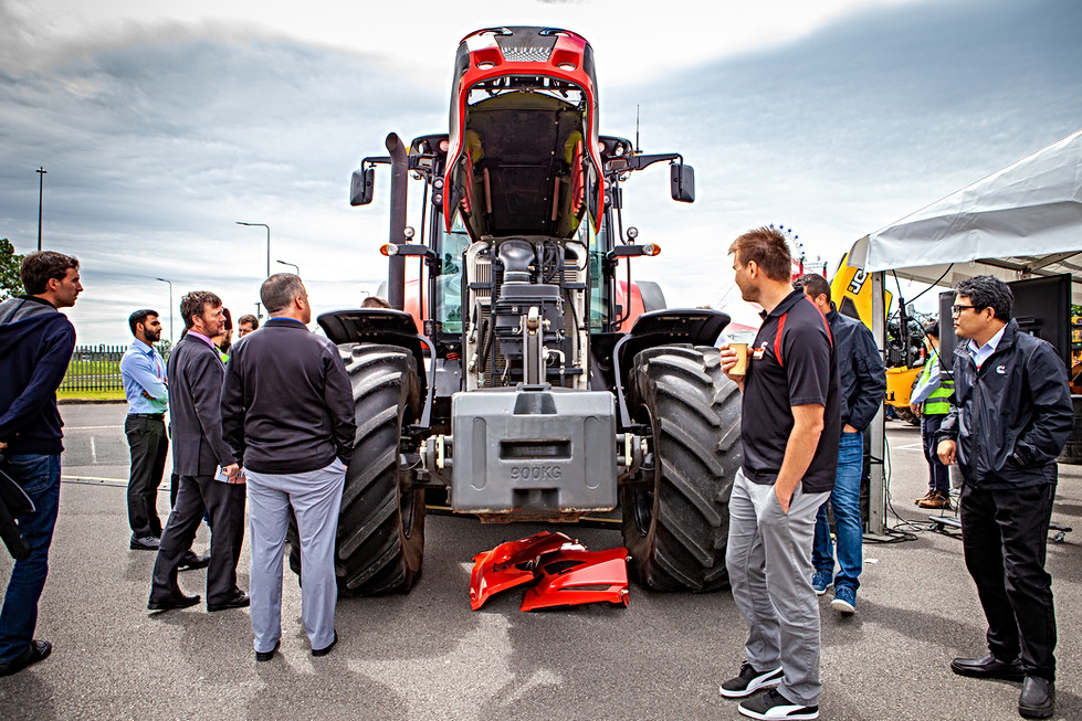 Tractor exhibit Cummins