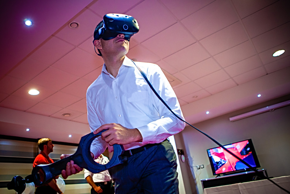 Working with Virtual Reality