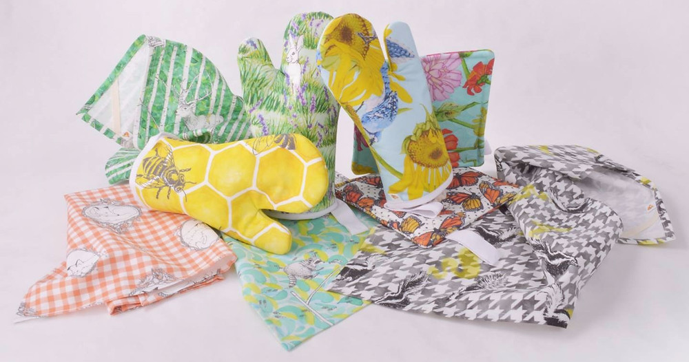 Gold & Ginger tea towels and oven mitts