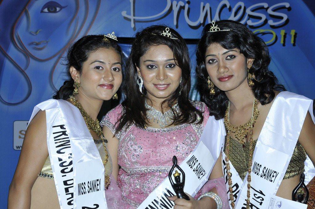 princess 2011 & miss sankey (3).jpg