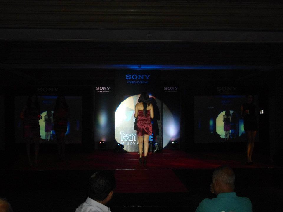 sony show 2011 (1).jpg