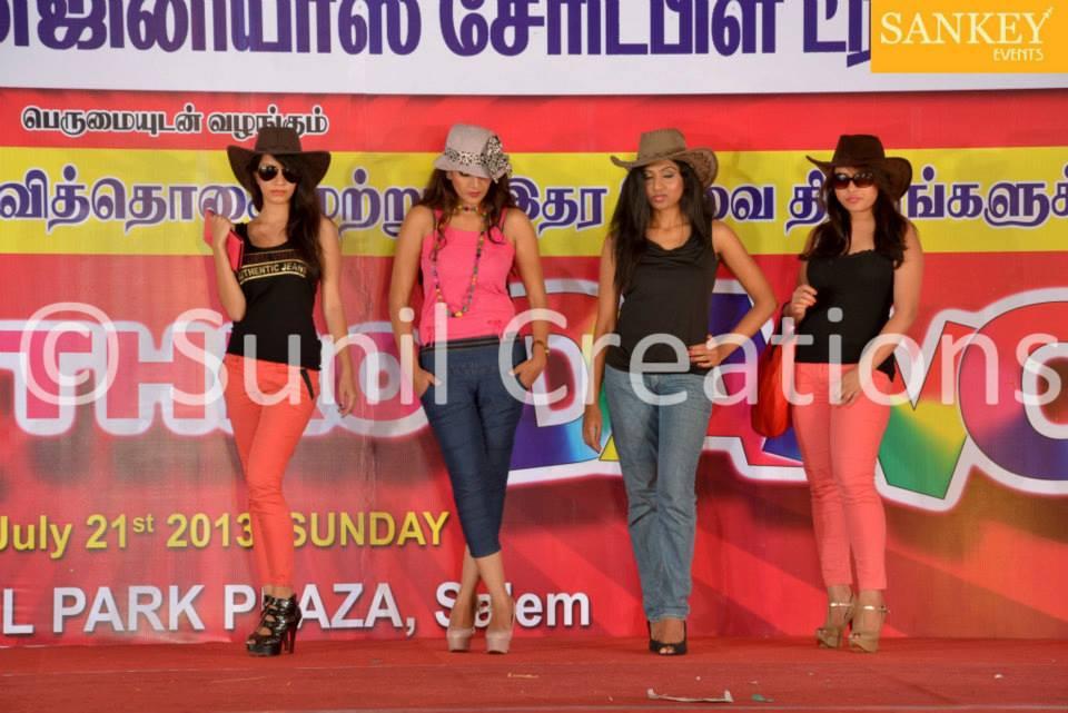 salem show 2013 (3).jpg