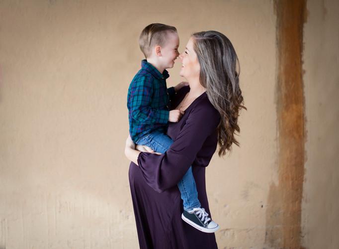 Brenham TX maternity photographer