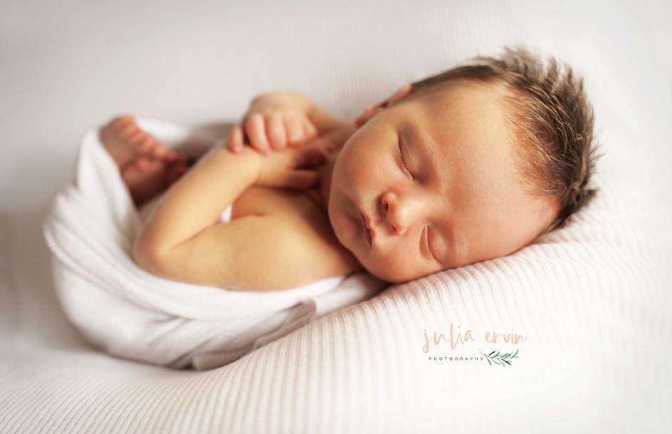 Brenham Newborn photographer