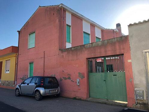 Edificio residenziale da ristrutturare