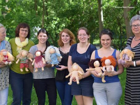 Puppen-Näh-Kurs bei Sommerwetter