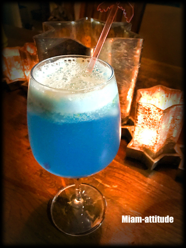 Cocktail blue laggon