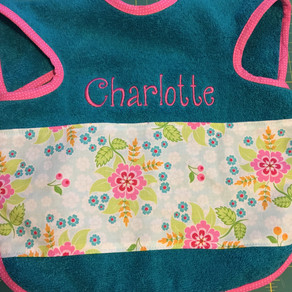 This bib is so cute!